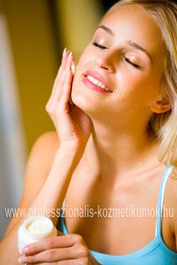Végfelhasználó: a kozmetikai terméket használó fogyasztó vagy szakember.